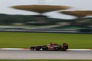 Kimi+Raikkonen+F1+Grand+Prix+Malaysia+Practice+PR1m01wj-Cmx_krs