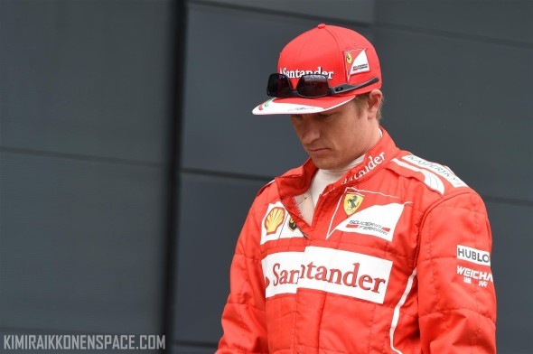 Kimi walks in the paddock after being eliminated in qualifying
